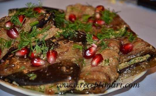 баклажаны с орехами и зеленью